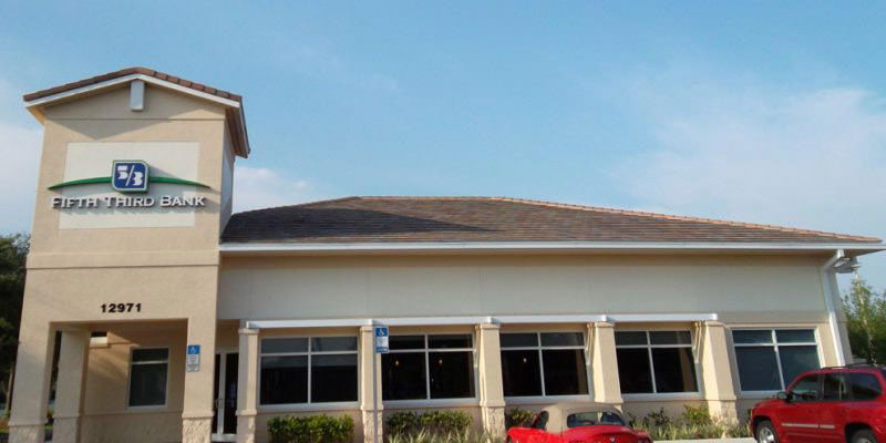 Naples-Commercial-Roofing-Bank